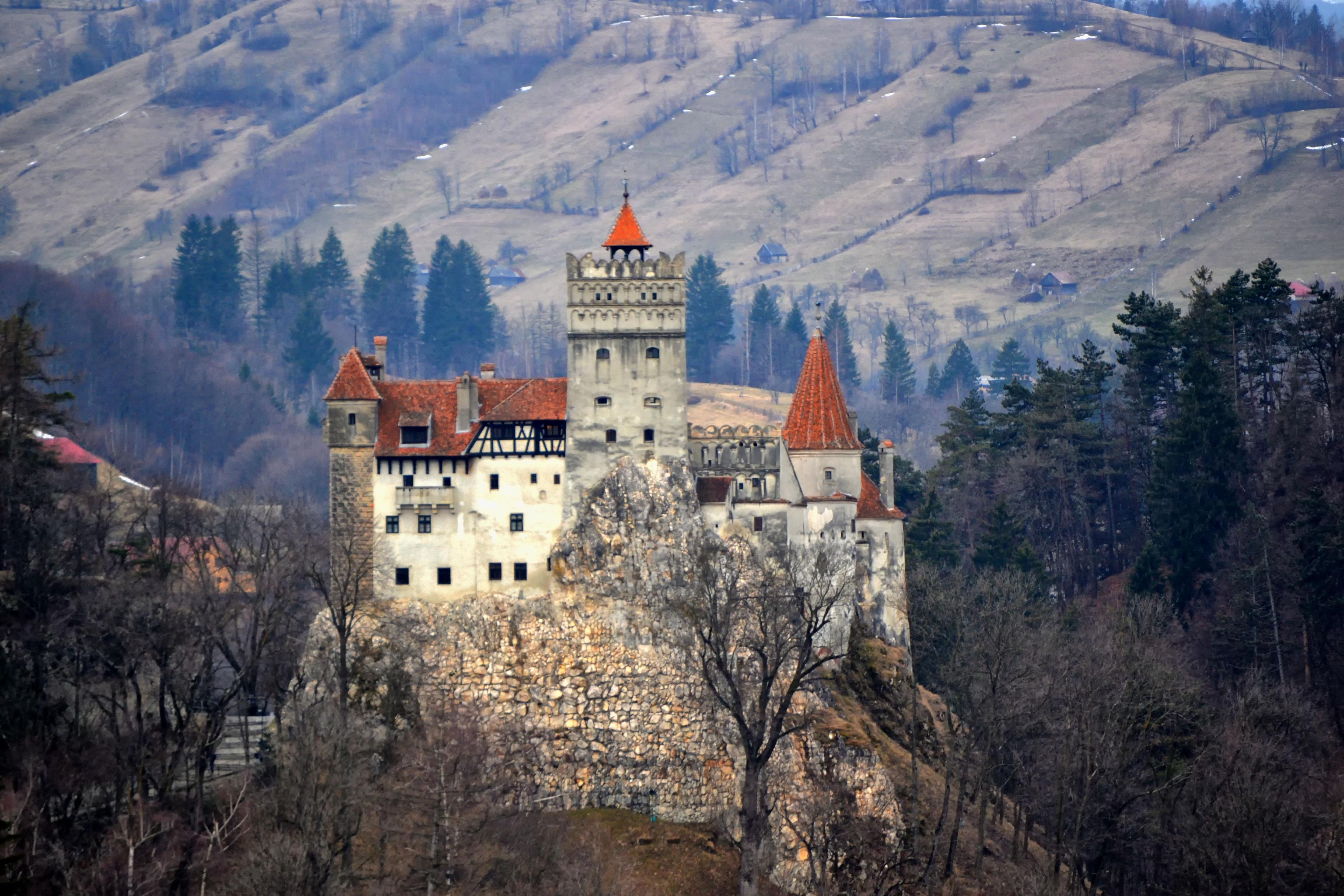 Castelul_Bran_-_panoramio